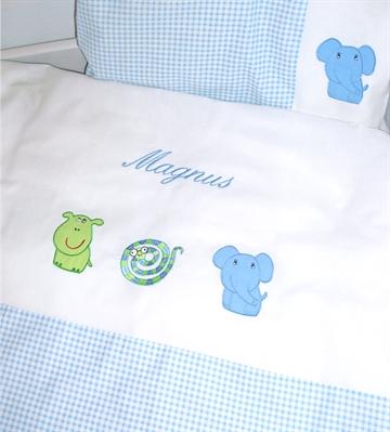 junior sengetøj dreng Junior sengetøj med navn til den seje dreng. Køb nu. junior sengetøj dreng